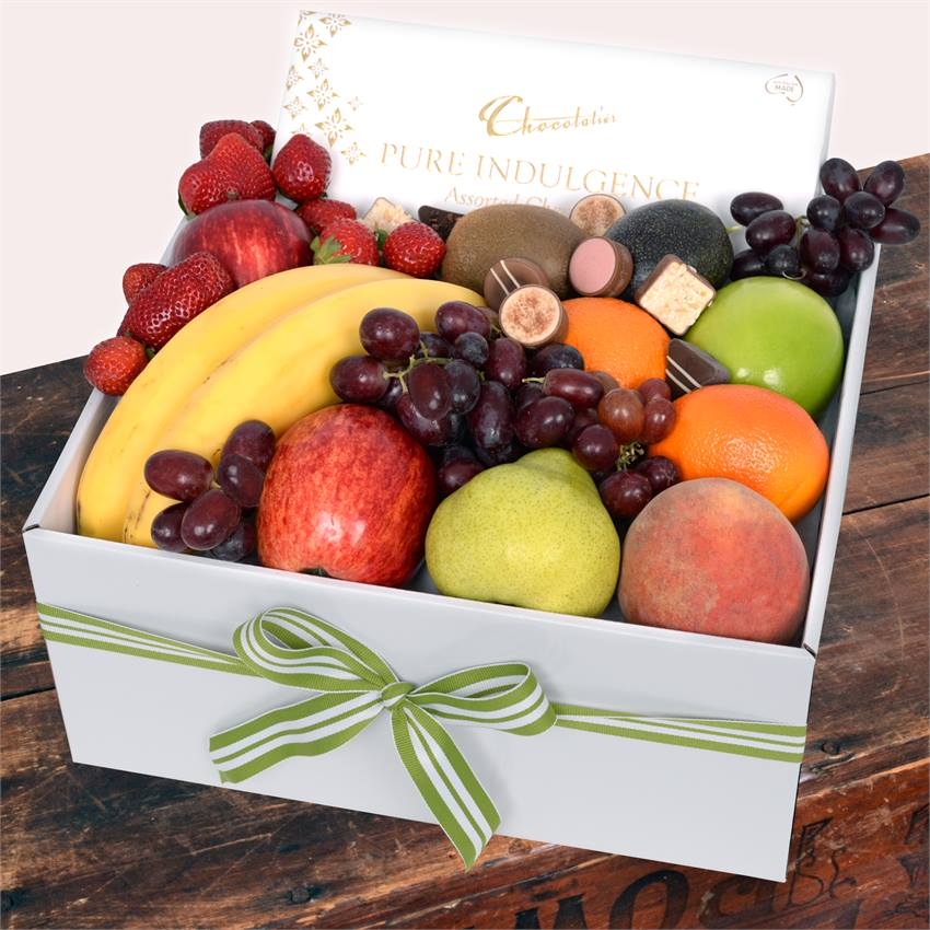 Classic Fruit Box with Milk Chocs