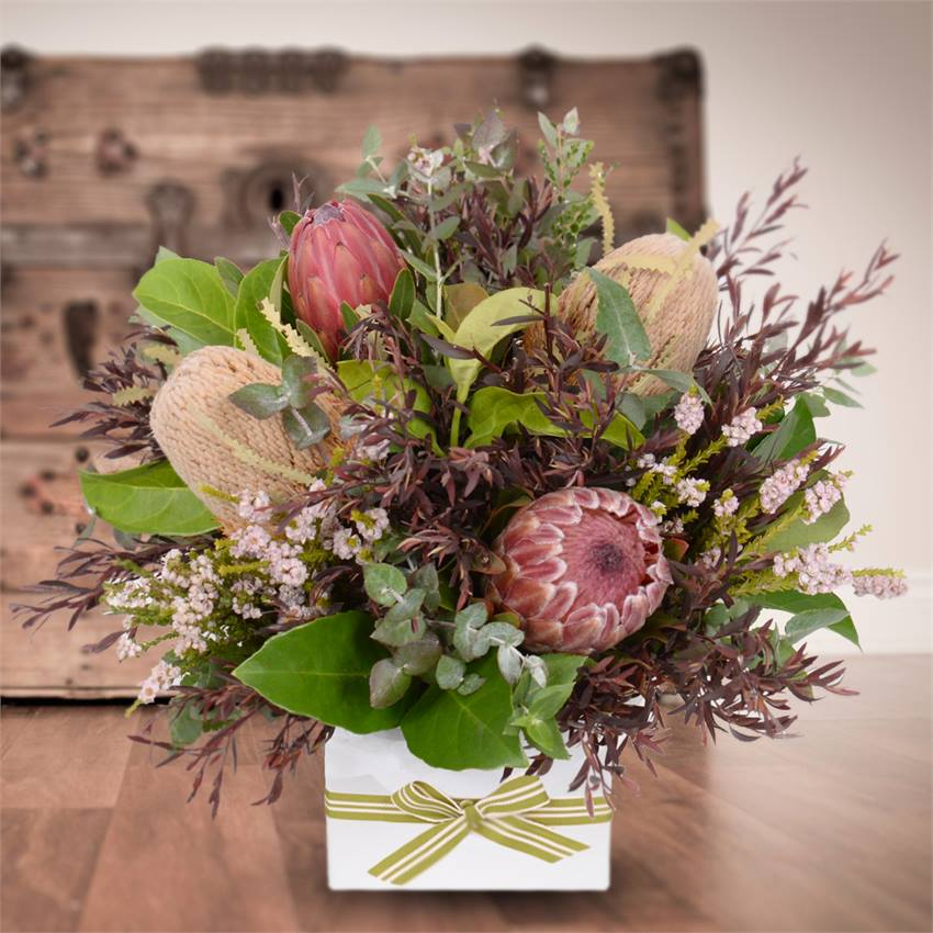 Outback Posy Box